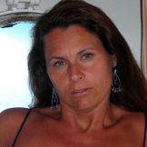 Mulher à procura de homem no Brasil